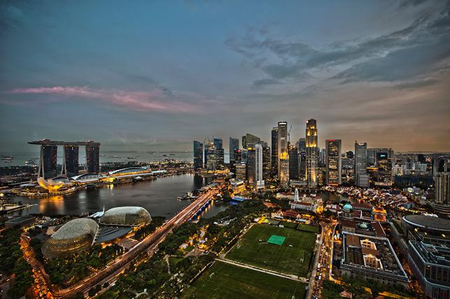 Вид на Сингапур. Фото: chenisyuan, Wikipedia