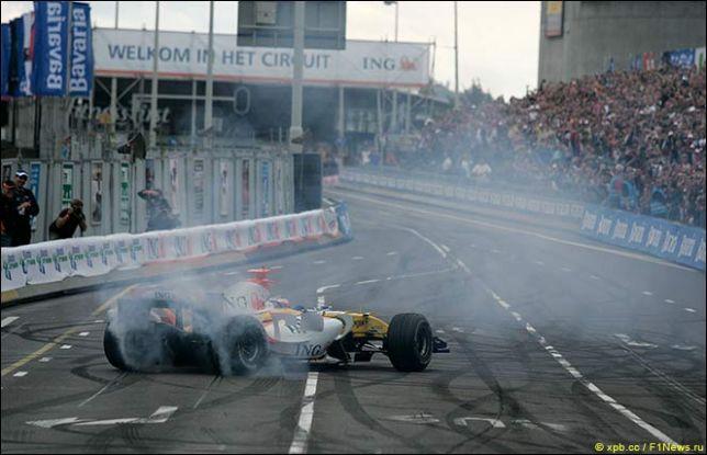 Шоу Формулы 1 на улицах Роттердама в 2007-м
