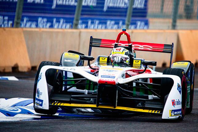 Формула E: Мюллер побил рекорд трассы на тестах