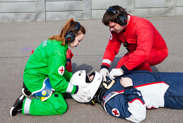 Один из эпизодов тренинга медицинской службы на Сочи Автодроме