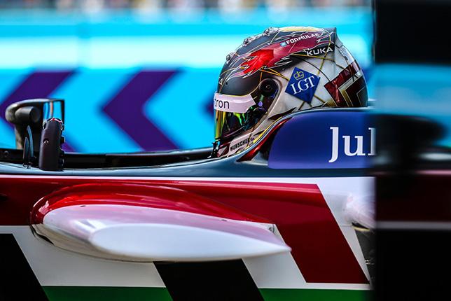 Даниэль Абт на пути к победе в берлинском e-Prix