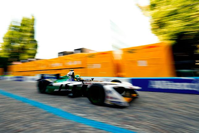 Формула E: Лукас ди Грасси выиграл этап в Цюрихе