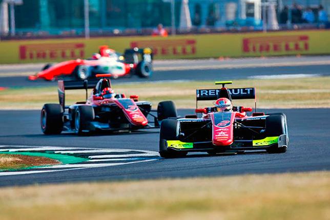 GP3: Юбер выиграл гонку в Сильверстоуне, Мазепин второй