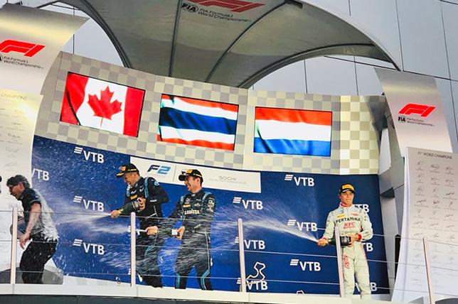 Ф2: Элбон виграв суботню гонку в Сочі