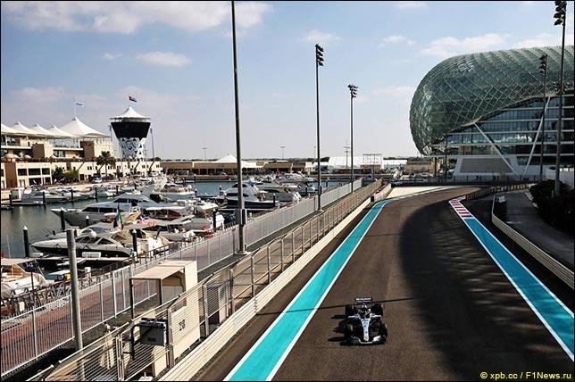 Валттери Боттас на тестах Pirelli в Абу-Даби