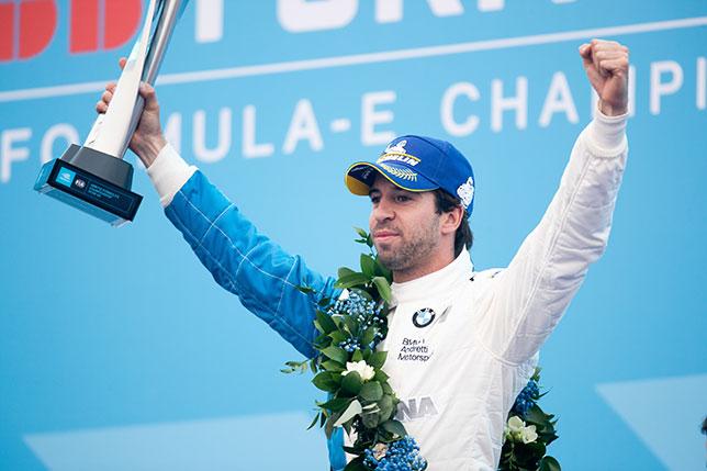 Антониу Феликс да Кошта - победитель первой гонки нового сезона Формулы E