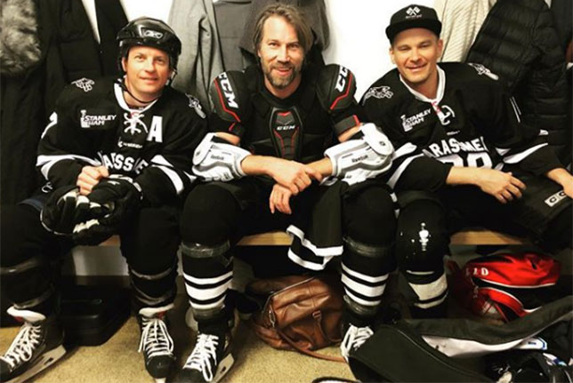 Кими Райкконен в компании с бывшим хоккеистом Петером Форсбергом и гонщиком Тони Виландером