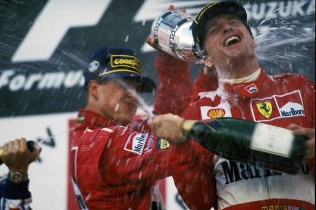 Эдди Ирвайн и Михаэль Шумахер на подиуме Гран При Японии 1997 года