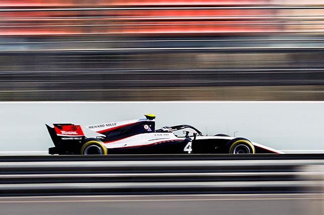 Ф2: Ник де Вриз завершил тесты с лучшим временем