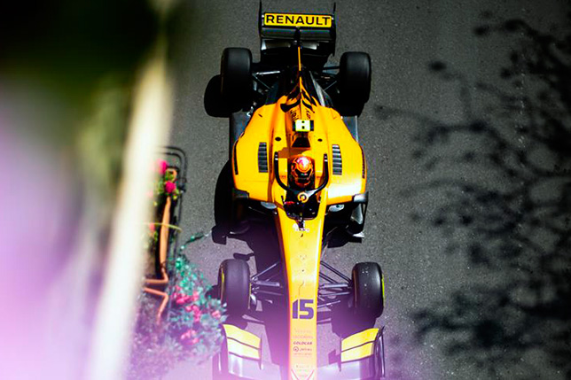 Ф2: Джек Эйткен выиграл гонку в Баку