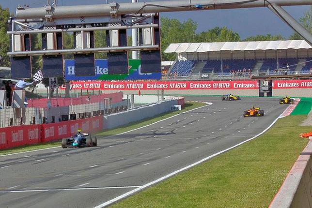 Ф2: Латифи выиграл гонку в Барселоне