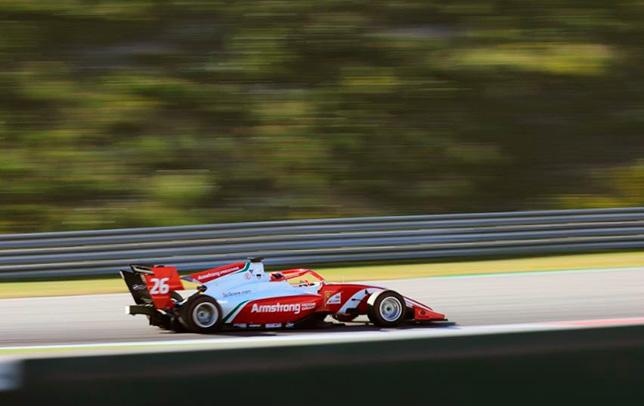 Ф3: Маркус Армстронг завоевал поул в Австрии