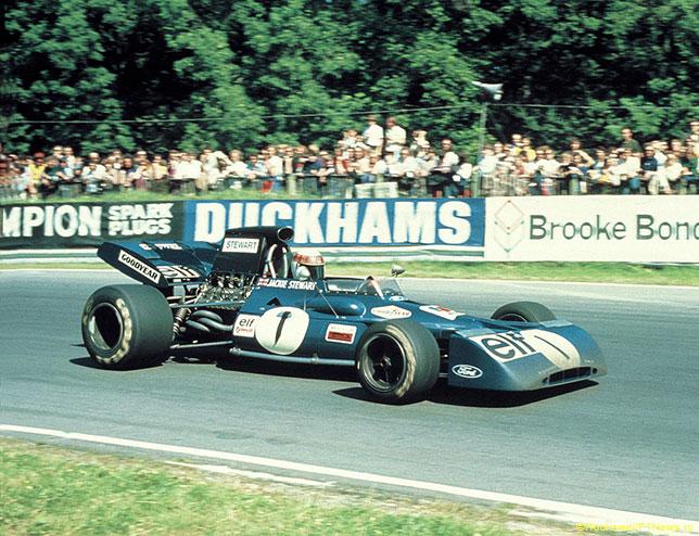 Легендарный чемпион мира Джеки Стюарт за рулём Tyrrell, 1972 год