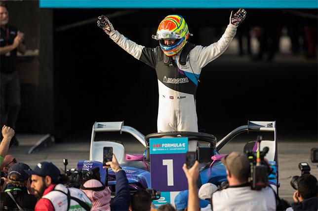 Формула E: Вторую гонку уик-энда выиграл Алекс Симс