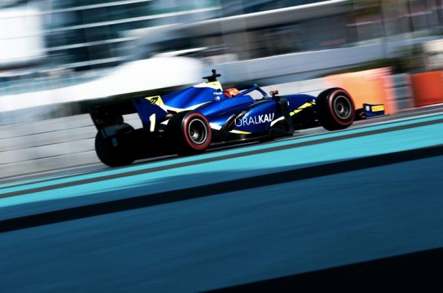 В Абу-Даби идёт третий день тестов Формулы 2
