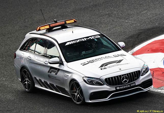 Медицинский автомобиль FIA