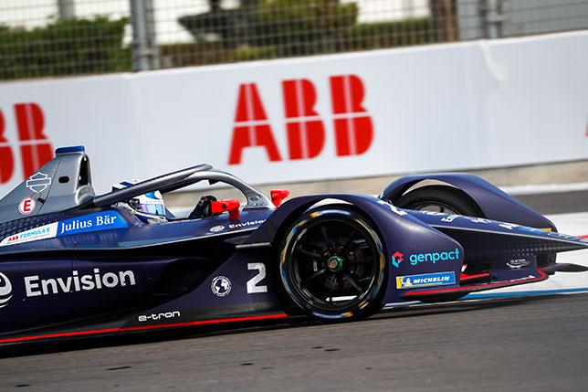 Ник Кэссиди за рулём машины Virgin Racing на тестах новичков в Марракеше