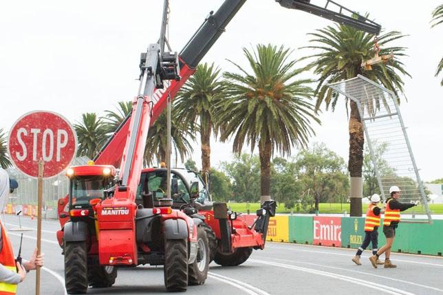 Подготовка трассы к Гран При Австралии
