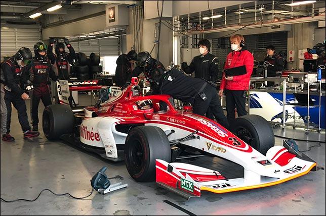 В Фудзи проходят тесты серии Super Formula