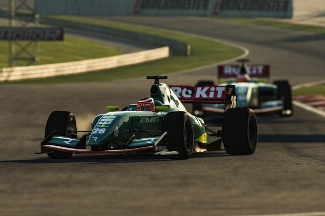 Aston Martin представила раскраску для виртуальных гонок