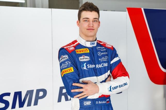 Денис Булатов занял третье место в дебютной гонке новой виртуальной серии