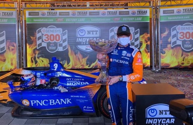 Скотт Диксон, победитель гонки IndyCar в Техасе