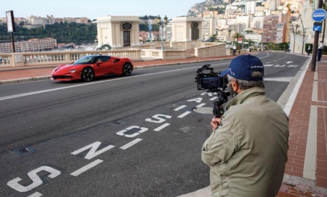 Момент съёмочного процесса в Монако