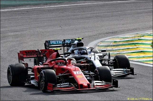 Шарль Леклер и Валттери Боттас сражаются за позицию в Бразилии'19
