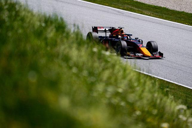 Формула 2: С поула в Шпильберге стартует Цунода