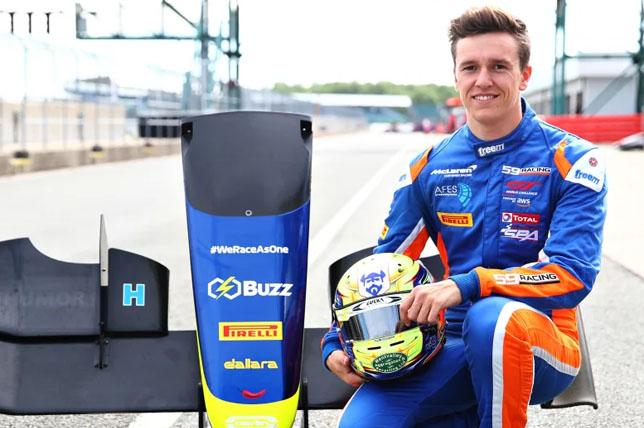 Формула 3: Бен Барникоат заменил Энаама Ахмеда