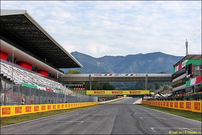 Стартовое поле Гран При Тосканы Ferrari 1000
