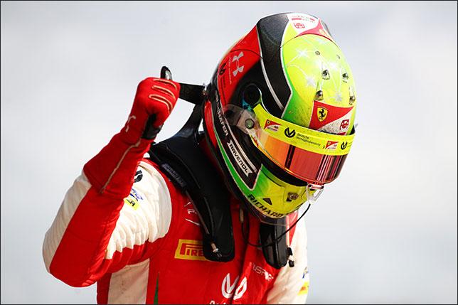 Мик Шумахер, победитель субботней гонки Формулы 2 в Сочи
