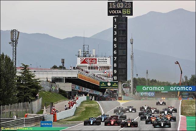 Старт Гран При Испании 2021