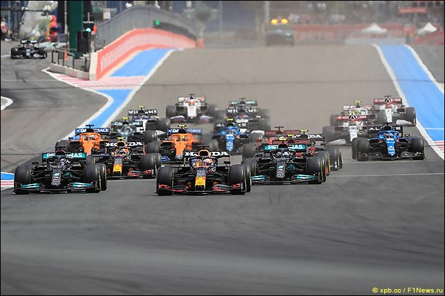 Старт Гран При Франции 2021