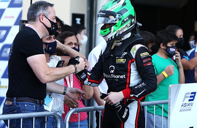Ф3 Азия: Пьер-Луи Шове вышел в лидеры серии