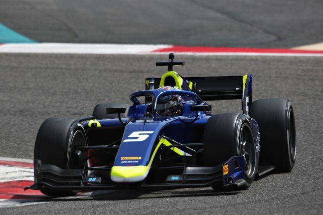 Формула 2: В Бахрейне стартовали предсезонные тесты