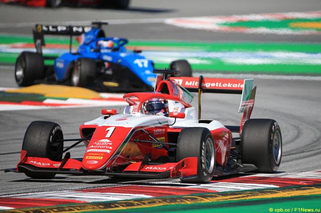 Ф3: Деннис Хаугер выиграл воскресную гонку в Барселоне