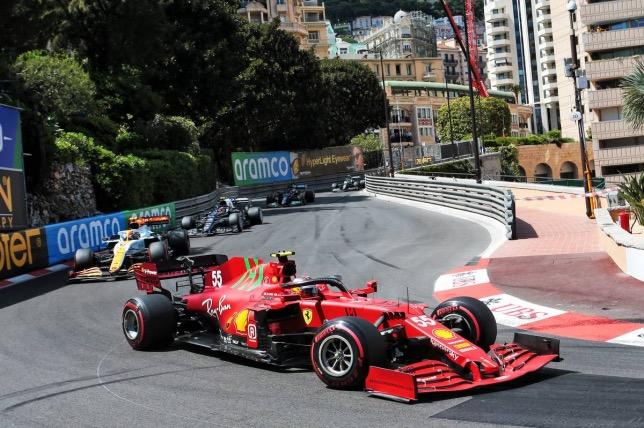 Карлос Сайнс на трассе Гран При Монако, фото XPB