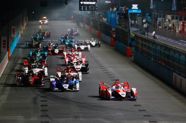 Cтарт гонки Формулы E в Лондоне, фото пресс-службы серии