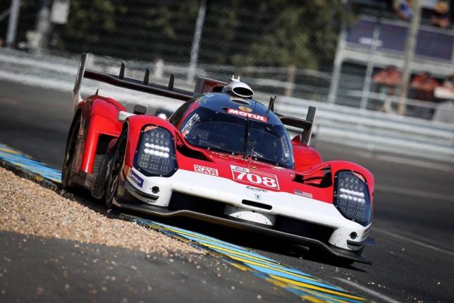 Машина комады Glickenhaus Racing на трассе в Ле-Мане, фото XPB