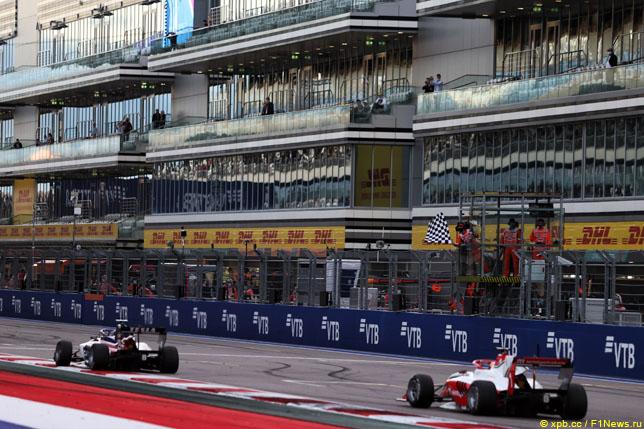 Финиш первой гонки Формулы 3 в Сочи