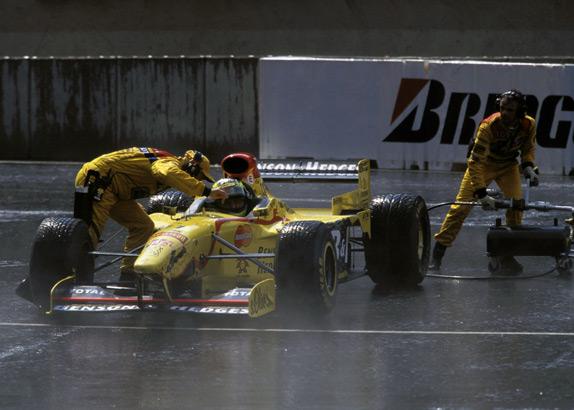 Старт Ральфа Шумахера с пит-лейн на Гран При Бельгии 1997 года