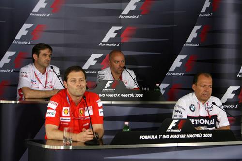 Слева направо: Паскаль Васселон (Toyota), Альдо Коста (Ferrari), Майк Гаскойн (Force India), Вилли Рампф (BMW Sauber)