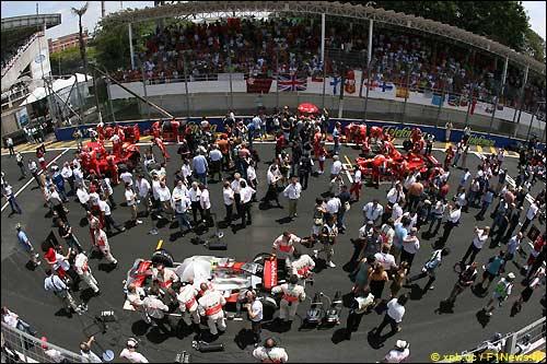 Стартовое поле Гран При Бразилии'07