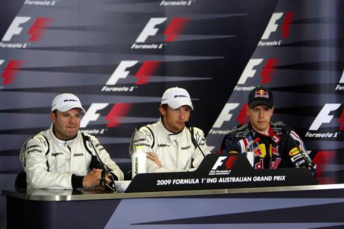 Слева направо: Рубенс Баррикелло, Дженсон Баттон, Себастьян Феттель
