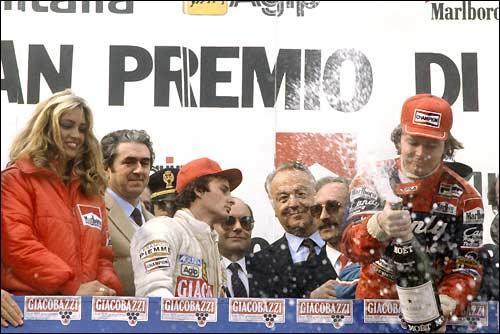 Подиум Гран При Сан-Марино. Дидье Пирони и Жиль Вильнев