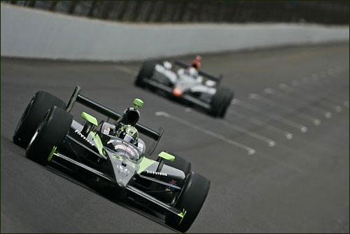 Команда HVM Racing на трассе Indy 500