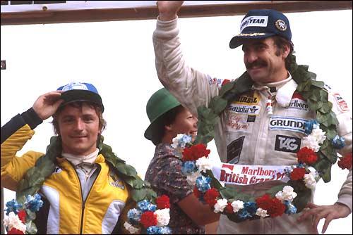 Клей Регаццони и Рене Арну. Подиум Гран При Великобритании'79