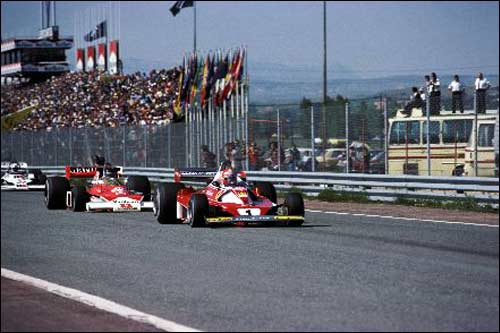 Борьба Ники Лауды и Джеймса Ханта за победу в Гран При Испании 1974 года