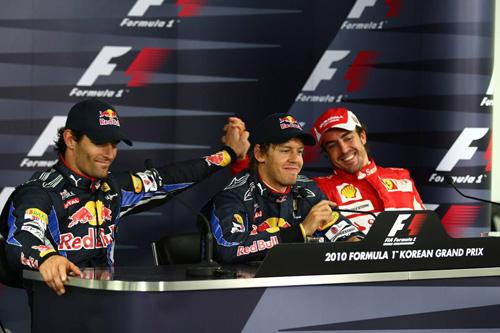 Слева направо: Марк Уэббер, Себастьян Феттель, Фернандо Алонсо